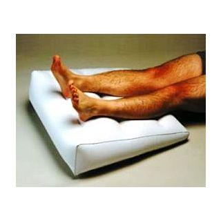 Opblaasbaar wigkussen voor in bed 63 x 68 CM, incl. pompje